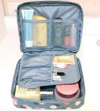 (KL036) 형식이 위로 만드는 도매 야영 여행 화장실 여자 마약 밀매인은 자루에 넣는다