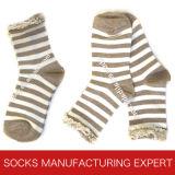 Form-Baumwollspitze-Socke der Frauen (UB-304)