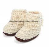 Baby-Taufen-handgemachte Häkelarbeitknit-Schuhe