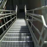 Pisada de escalera con la alta calidad usada en plataforma