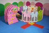 Kind-Innenschauspielhaus mit Plättchen, Spiel-Gerät der Kinder, Innenspielplatz