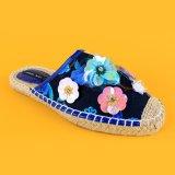 2017の最も新しく青い花の刺繍のジュートの唯一の女性のラバのEspadrilles