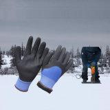 Холодные упорные двойные окунутые перчатки работы зимы нитрила Sandy