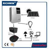 contrôleur solaire à la maison de charge d'OEM MPPT de 20A 24V