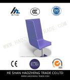 El diseño amontonable de las nuevas sillas plásticas