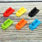 黒いフラッシュ駆動機構USBのゴム製シリコーンカバー