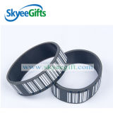 Bracelet en caoutchouc estampé personnalisé de silicones de noir de code barres de logo pour des cadeaux