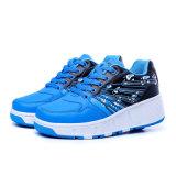 晋江の工場価格でなされる黒い方法ローラーの靴は人および女性のための偶然靴を遊ばす