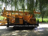 드릴링 기계 (HFW200L)가 유압 말뚝박는 기구에 의하여, 급수한다