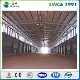 Taller prefabricado del edificio de la estructura del marco de acero para el garage de acero del acero del hangar de la conservación en cámara frigorífica