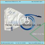 Ce/ISOハンガーが付いている公認2000ml十字弁の尿袋