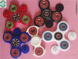 赤く黒い紡績工のスケートボードベアリングABEC7 608RS Zz手の紡績工の落着きのなさベアリング手のおもちゃベアリング