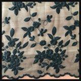 Вышитый цветком шнурок вышивки сетки шнурка вышивки Tulle шнурка