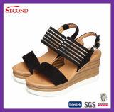 新しいデザイン本革の女性のプラットホームの靴