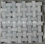 Mosaico di Basketweave e mattonelle di mosaico di marmo bianchi