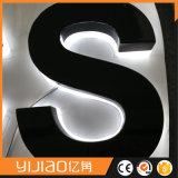 Indoor&Outdoor a employé le signe acrylique de lettre de Lit arrière pour la publicité