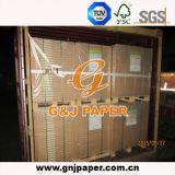 Alto papel compensado sin recubrimiento blanco en el embalaje de la hoja y del rodillo