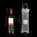 Бутылка красного вина упаковывая с мешками буфера воздуха
