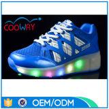Meilleur 2016 dernier cri vendant des chaussures de talon haut d'éclairage LED pour des gosses