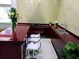 Mattonelle nere e rosse della grande lastra di pietra di vetro Nano per il pavimento e la parete