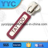 Resbalador de goma de encargo del metal del tirador para las pulseras con marca