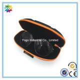 Мешок коробки агрегатов солнечных очков и ткань чистки