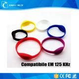 互換性のあるEm 125kHz楕円形RFIDのシリコーンのブレスレット