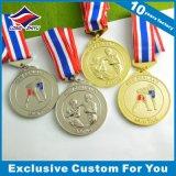Medallista de plata antiguo de los deportes baratos con Niza insignia de la cinta y de la aduana 3D