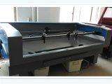 Estaca do laser e máquina de gravura com a alta qualidade para o pano