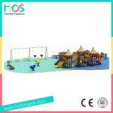 Разрешение оборудования спортивной площадки большого замока напольное