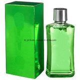 Perfume para mulheres no frasco de vidro