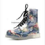 Прозрачные кристаллический ботинки Мартин цветка
