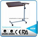 鋼鉄力の上塗を施してある枕元のダイニングテーブル
