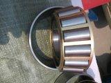 Cuscinetto ad alta velocità di capienza di caricamento del cuscinetto a rulli conici del cuscinetto assiale SKF 32228