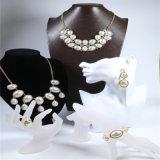 De nieuwe Reeks van de Juwelen van de Manier van de Ring van de Oorring van de Armband van de Halsband van de Parel van de Hars van het Ontwerp Acryl