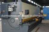 Doigt vendant la machine de découpage de plaque d'acier doux de massicot de QC11y 20X2500