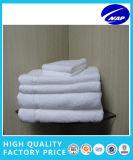 綿の高品質のホテルタオルのテリータオルのホテルの浴室タオルのエジプトのComedの綿タオル
