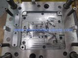 Pieza personalizada del canal del coche para el molde de la inyección del plástico de la asamblea del coche
