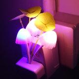 Neuheit-Nachtlicht EU u. wir der Stecker-Induktions-Traum-Ständerpilz Luminaria Lampen-220V 3 LED Nachtlichter Pilz-der Lampen-LED