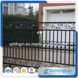 ハンドメイドの錬鉄のゲートまたは中庭のゲートまたは鋼鉄ゲートか盗難防止のゲート