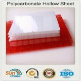 Coprire la lamiera sottile di plastica colorata della cavità del policarbonato