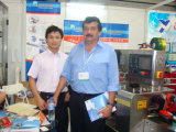 Machine de conditionnement automatique de PE de charnière de machine à emballer en métal de machines de Foshan dans le bon prix