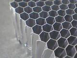 3003の合金によって拡大されるアルミニウム蜜蜂の巣コア