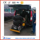 Elevador da cadeira de rodas do Ce com os braços duplos do levantamento hidráulico e uma plataforma da dobra
