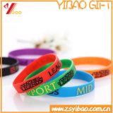 Wristband feito sob encomenda do silicone do logotipo da forma/o de borracha para o esporte