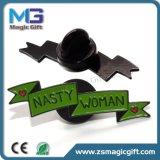 Pin di metallo morbido personalizzato del cavallo del fumetto dello smalto con il nero rifinito