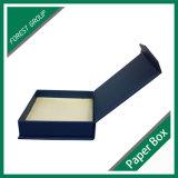 Чувствительный пояс кладет коробки в коробку упаковки пояса