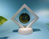 最も新しいプラスチックフィルムのギフト用の箱、創造的な紋章ボックス