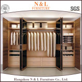 Camminata di legno della mobilia della camera da letto di disegno moderno in armadio