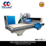 機械彫版機械(VCT-W2030ATC8)を切り分ける自動ツールCNC機械木工業機械